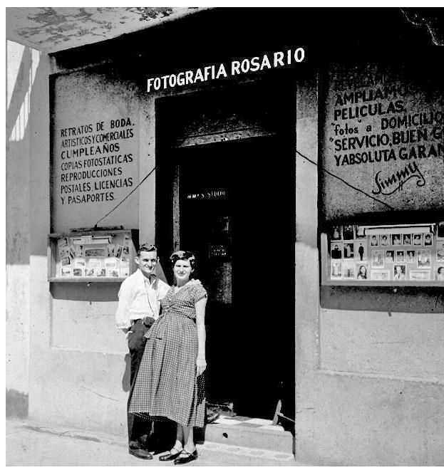 Familiar Barriga Yuya Jimmyto 1952 Foto Baldorioty COMPLETA_edited-1
