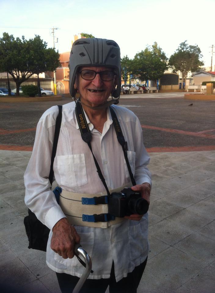 JIMMY ROSARIO CUMPLE SU TRADICION DE RETRATAR EL VIERNES SANTO