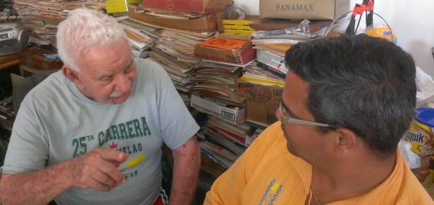 SALON DE LA FAMA CELEBRA EL CUMPLEANOS DE TILIN PEREZ ABRIL 12 2015 (23)